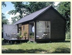 Danish Møn summer houses (til Helle) Style At Home, Weekend House, Cabin Homes, Little Houses, Scandinavian Style, Cabana, Tiny House, House Plans, New Homes