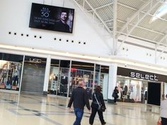 Rick Astley digital in regional malls