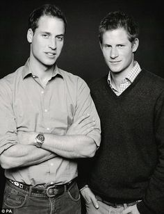 Prince William and Prince Harry Pose in Photo Taken by Fergus Greer for the 2007 Concert for Diana Prince Harry Of Wales, Prince William And Harry, Prince Harry And Meghan, Prince Charles, Prince Henry, Prince William Young, Prince Harry Young, Lady Diana, Princesa Diana