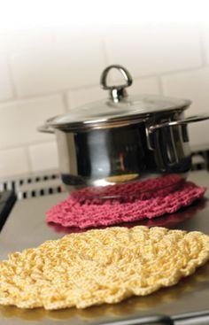 Pretty Petals Potholder Free Crochet Pattern from Aunt Lydia's Crochet Thread