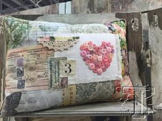 Really neat pillow - love the creativity!