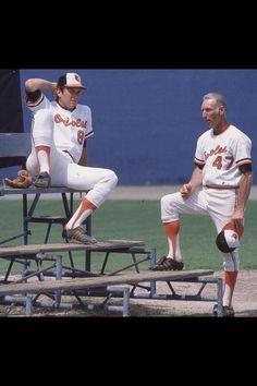 and Cal Ripken Sr. - 1984 glad the Orioles brought back the Oriole bird! Orioles Baseball, Baseball Star, Football, Old Baseball Cards, Baseball Photos, Mlb Players, Baseball Players, Hockey, Oriole Bird