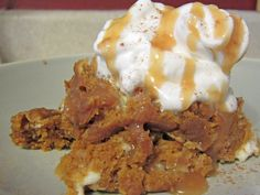 #CrockPot #SlowCooker Pumpkin Cream Cheese Swirl Cake