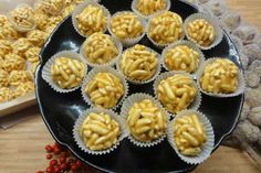 Mini Cupcakes, Muffin, Breakfast, Desserts, Food, Morning Coffee, Tailgate Desserts, Deserts, Essen