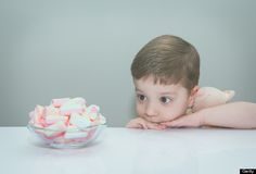 Remember this #famous Stanford experiment? Four-year-olds were put in a room by themselves with a marshmallow on a plate in front of them, and told that they could either eat the treat now, or if they waited until the researcher returned 15 minutes later, they could have two marshmallows.