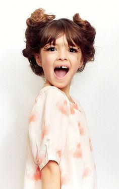 Cute photoshoot with a little girl. Let her feel like she is getting dolled up and getting theatrical!