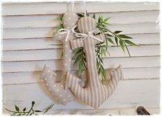 Decorative objects – 2 country style anchors ~ Maritime decoration ~ taupe – a designer piece … – FarmHouse 2020 Diy Projects To Try, Sewing Projects, Shabby Chic Quilts, Fabric Crafts, Diy Crafts, Summer Deco, Beach House Decor, Plant Hanger, Decoration