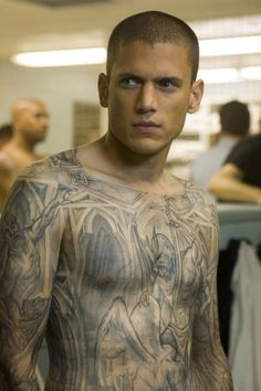 Prison Break's Michael Schofield Is Back and His Tattoos Might Be Too!