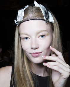 Lacquer Up In the Trendiest Fashion Week Manicures - Monique Lhuillier from #InStyle  --- Like a traditional French Manicure only cooler.
