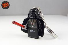 Darth Vader Pendrive 8GB USB w BRICK CRAFT #lego #pendrive #flash #minifigures #vader Brick Crafts, Charms, Lego, Gadgets, Usb, Darth Vader, Personalized Items, Legos, Gadget