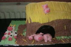 3 little pig's cake
