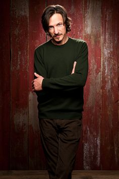 John Hawkes is adorable.  .... i concur!    Must see him in Martha Marcy May Marlene!