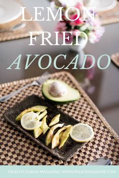 Lemon Fried Avocado Recipe [Paleo, AIP] INGREDIENTS 1 ripe avocado (not too soft), cut into slices 1 Tablespoon coconut oil 1 Tablespoon lemon juice Salt to taste (or lemon salt) Grilled Avocado, Keto Avocado, Avocado Fries, Endive Recipes, Avocado Recipes, Bariatric Recipes, Paleo Recipes, Gratin Dauphinois Recipe, Paleo Meal Plan