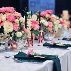 Pretty tablescape by Moki Gray Tablescapes, Wedding Reception, Table Decorations, Gray, Pretty, Home Decor, Marriage Reception, Decoration Home, Room Decor