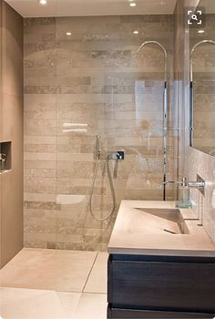 walk in showers for small bathrooms – Are you looking for the inspiration of modern bathroom design for a minimalist home? Small houses are usually identical to the distribution of a room with a small area too; including the bathroom. Bathroom Renos, Ensuite Bathroom, Bathroom Shower Tile, Bathroom Makeover, Shower Room, Bathroom Shower, Bathrooms Remodel, Bathroom Design, Beautiful Bathrooms