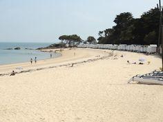 Plage des Dames sur l'île de Noirmoutier en Vendée September, Beach, Outdoor, Nantes, D Day, Outdoors, The Beach, Beaches, Outdoor Living