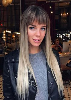 18 Trendy Long Layered Hair Styles for The New Look Layered Hairstyles with Bangs… Long Haircuts With Bangs, Long Fringe Hairstyles, Layered Hair With Bangs, Long Layered Haircuts, Long Hair With Bangs, Long Hair Cuts, Hairstyles With Bangs, Straight Hairstyles, Layered Hairstyles