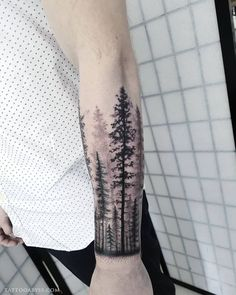 Forest Tattoo Sleeve, Forest Forearm Tattoo, Wolf Tattoo Sleeve, Nature Tattoo Sleeve, Best Sleeve Tattoos, Forearm Tattoo Men, Tree Tattoo Men, Tree Tattoo Designs, Tattoo Sleeve Designs