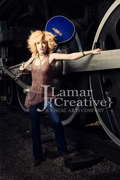 More  band photography on my website #Jamie #Burke #country #artist #nashville #guitar #blue #girl #pose #model #train #vanderbilt #parthenon #portrait #band #artist #photography #canon #strobist #off #camera #flash