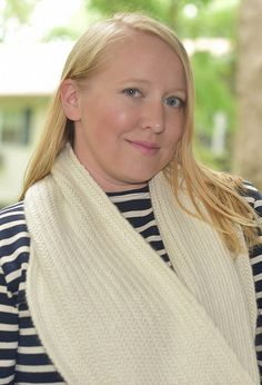Ravelry: platinumblonde's snowy herringbone scarf