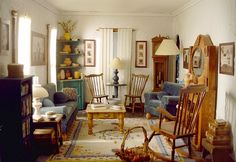 """Grandville"" doll house living room.  WOW!!"