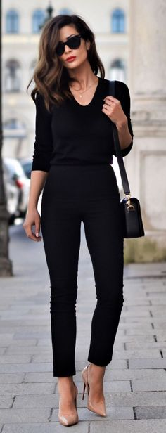 31 Sophisticated Work Attire and Office Outfits for Women to Look Stylish and Ch. 31 Sophisticated Work Attire and Office Outfits for Women to Look Stylish and Chic - Lifestyle State. Work Casual, Casual Chic, Preppy Casual, Casual Wear, Trajes Business Casual, Looks Black, Fashion Mode, Office Fashion, Fashion 2017