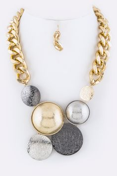 Mixed Metal Bubble Necklace http://www.miniandmeboutique.com/womens-accessories/bubble-statement-necklace-and-earrings