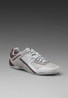 DIESEL Trackers Korbin Sneaker in Gray
