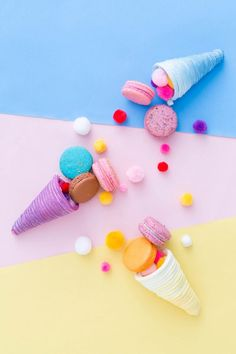What to Make This Weekend: Giant Party Blowers, Mini Cornucopias + More via Brit + Co Cute Food Wallpaper, Wallpaper Iphone Cute, Colorful Wallpaper, Aesthetic Iphone Wallpaper, Cute Wallpapers, Wallpaper Backgrounds, Disney Phone Backgrounds, Unicorn Backgrounds, Candy Photography