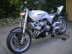 radical – Page 3 – Motorcycle Photo Of The Day Cafe Racer Motorcycle, Motorcycle Bike, Honda Motorcycles, Cars And Motorcycles, Custom Bikes, Custom Cars, Honda Cbx, Honda Motors, Moto Guzzi