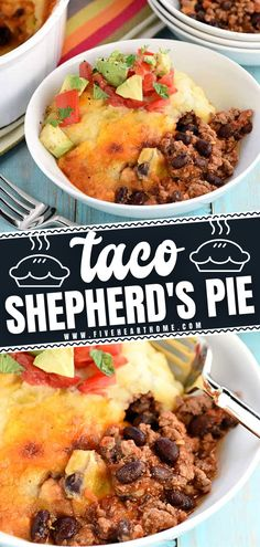 Get ready for a stick-to-your-ribs kind of dinner! This recipe is a great way to use up leftover mashed potatoes. Combined with cheese and green chiles, your family will love this Tex-Mex twist on the comfort food classic! Make this Taco Shepherd's Pie after Thanksgiving! Mexican Dishes, Mexican Food Recipes, Vegetarian Recipes, Healthy Recipes, Best Thanksgiving Recipes, Thanksgiving Dinner Recipes, Shepherds Pie Recipe Pioneer Woman, Best Comfort Food, Comfort Foods