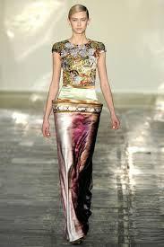 Mary Katrantzou Fall 2011 Ready-to-Wear Fashion Show - Kelli Lumi Milan Fashion Weeks, New York Fashion, London Fashion, Runway Fashion, Spring Fashion, Greek Fashion, Love Fashion, Fashion Show, Mary Katrantzou