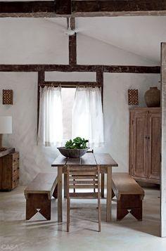 via heavywait - modern design architecture interior design home decor & Polished Cement Floors, White Beach Houses, Estilo Tropical, Tadelakt, Wood Detail, How To Antique Wood, Kitchen Interior, Home Projects, Rustic Decor