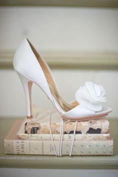 Badgley Mischka makes the prettiest wedding shoes.