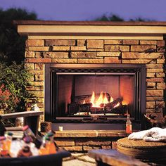 Chardonnay - Drystack Ledgestone - Cultured Stone - Stone - Boral USA - Outdoor Fireplace