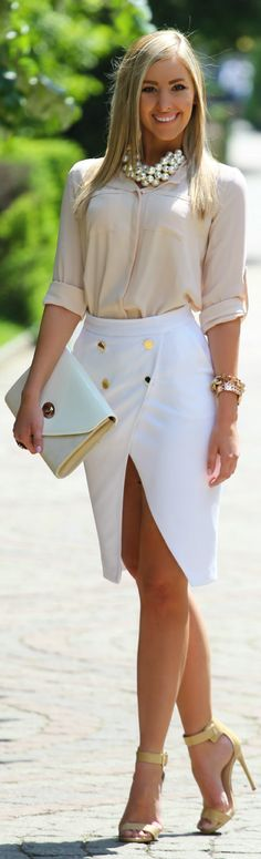 this is a fabulous skirt.  looks very chic with this cream blouse.
