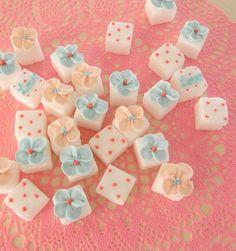 Decoration cube sugar