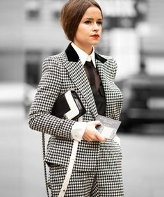 How to wear the black-and-white timeless trend
