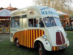 """a la mode in French means """" in the fashion/style of"""" In American it describes a dessert topped with ice cream. In this recipe the ice . Ice Cream Man, Milk Ice Cream, Classic Trucks, Classic Cars, Bike Cart, Food Vans, Step Van, Food Truck Design, Day Van"""