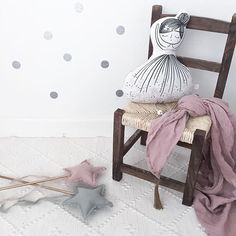 Good morning Monday.... n°74 Featured products: Luna star wand in dusty pink and silver grey, Scarf in dusty pink  Wish you all a great day!  #vintage #numero74 #littlecloudkids #wand #wallsticker #goodmorning #mommylife #inspiration #nursery #nurserydecor #deco #decor #interior #nordic #scandinavianhome #barnrum #barnruminspo #kinderzimmer #bebe #baby #babyinspo #kids #kidsinspo #kidsinterior #kidsdecor #kidsroom #girlsroom