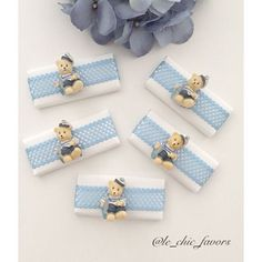 WEBSTA @ le_chic_favors - So cute #babybomboniere#bombonieres#newbornbaby#bombonnieres#newbornarrangement#babychocolate#bomboniere#engagement#engagementchocolate#weddingideas#kitchenteapartyideas#newbornchocolates#babyshower#christening#baptism#babydecor#nurserydecor#holycommunion#quote#cute#love#Lindt#specialoccasion#baby#pink#chic#encontrandoideias#follow#tag#followus For any inquires  plz DM me or Email me to le_chic_favors@hotmail.com