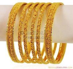 Designer Filigree Bangles(6 pcs) - BaSt17111 - US$ 4,673 - 22K Gold Designer Bangles set(6 pcs), exclusively made with handcrafted filigree patterns with diamo