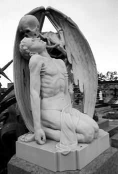 from Vie Rancid Cemetery Angels, Cemetery Statues, Cemetery Art, Memento Mori, La Danse Macabre, Arte Peculiar, Kiss Of Death, Old Cemeteries, Graveyards