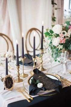navy candlesticks and napkins for wedding