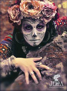 Day of the Dead X girlfriend Sugar Scull, Sugar Skull Girl, Sugar Skull Makeup, Memento Mori, Halloween Make Up, Halloween Costumes, Skeleton Costumes, Skeleton Makeup, Halloween Scene