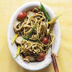 Trenette al Pesto (Trenette with Pesto, Green Beans, and Potatoes)