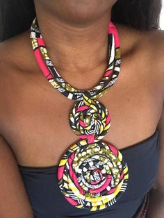Diy African Jewelry, African Crafts, African Accessories, African Necklace, Fashion Accessories, Textile Jewelry, Fabric Jewelry, Ethnic Jewelry, Keep Jewelry