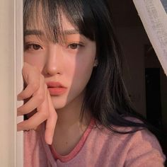 ulzzang girl girls woman women aesthetic korean japanese chinese beauty pretty beautiful lifestyle ethereal beauty girls east asian minimalistic grunge soft pastel light cute adorable 울짱 여자 r o s i e Korean Girl Ulzzang, Ulzzang Girl Fashion, Cute Korean Girl, Asian Girl, Asian Cute, Pretty Asian, Woman Fashion, Korean Aesthetic, Aesthetic Girl