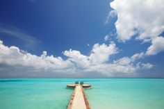 Google Image Result for http://www.buzzle.com/images/travel-destinations/maldives.jpg