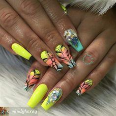 #beautifulnails #acrylicnailart #acrylicnails #nailtechnails #nailtechnician #nails2inspire #nailspiration #nailartideas #naildesigns #nailartist #nailsartpics #nailpictures